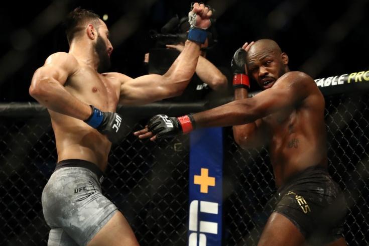 Джон Джонс победил Доминика Рейеса на UFC 247: реакция бойцов ММА и экспертов на поединок