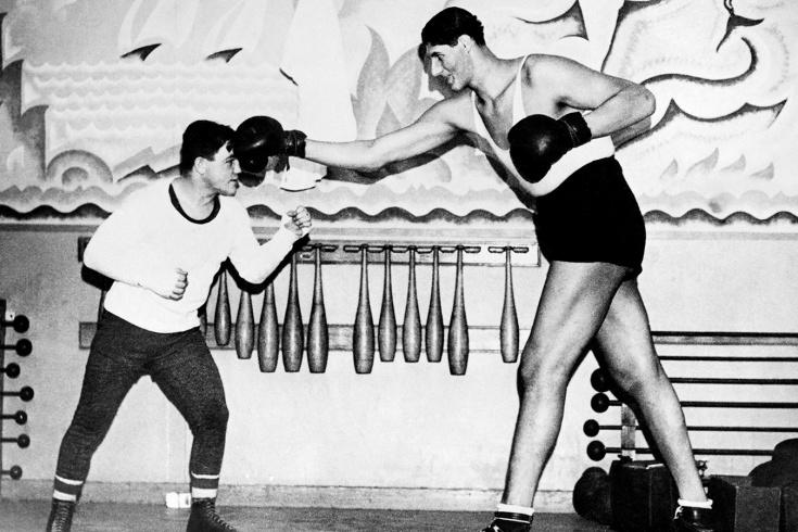 Гогя Миту – самый высокий боец в истории профессионального бокса