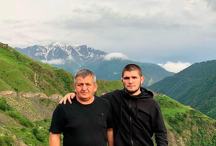 Отец Хабиба в тяжелом состоянии. Говорят, что из-за неправильного лечения в Дагестане