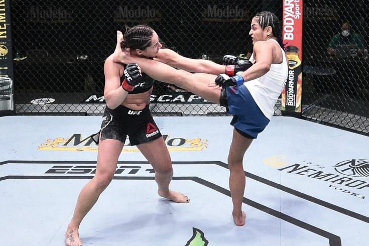 UFC on ESPN 10, сокрушительные нокауты и яркий дебют Марии Агаповой — видео